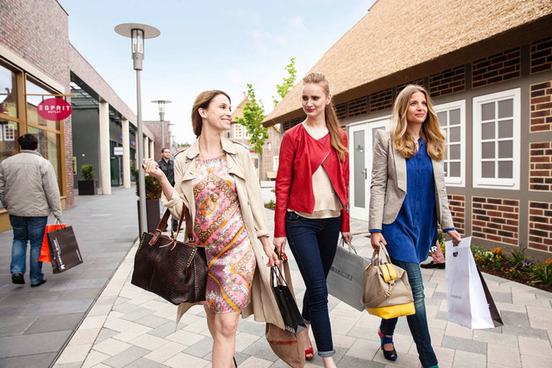 Shopping im Designer Outlet Soltau